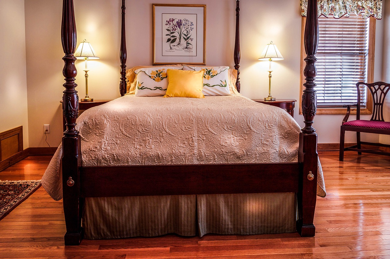 Picture of: The Four Poster Bed The Ultimate Dream Thegoodbedcompany Co Uk